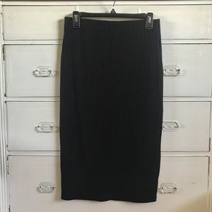 FOREVER 21/Black Ribbed Bodycon Pencil Skirt/SZ L